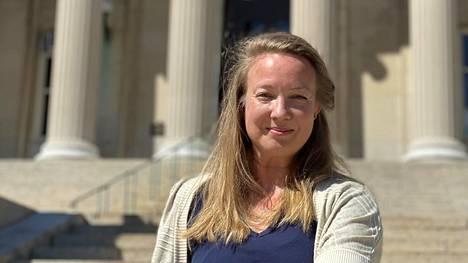 Heli Sirviö opettaa Columbian yliopistossa suomea ja ruotsia.