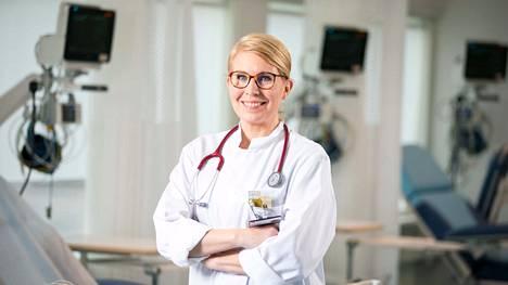 Urheilukardiologi Kirsi Korpi on urallaan työskennellyt muun muassa Suomen olympiajoukkueen ja HIFK:n jalkapallojoukkueen lääkärinä.