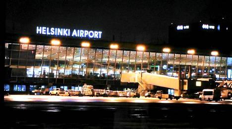 Varapresidentti laskeutui Helsinki-Vantaan lentokentälle.