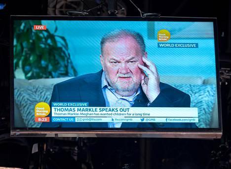 Thomas Markle on antanut muutamia tv-haastatteluita, joista jokainen on edennyt otsikoihin saakka.