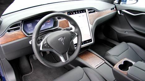 Riidan kohteena ollutta Teslaa pystyi kyllä lataamaan, mutta ei siten kuin olisi kohtuudella voinut olettaa.