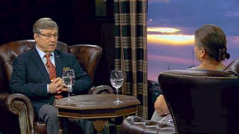Pertti Salolainen istui Rita Tainolan vieraana.