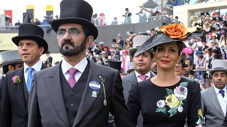 Sheikki Mohammed bin Rashid al-Maktoum ja hänen nuorin vaimonsa Haya al-Hussein.