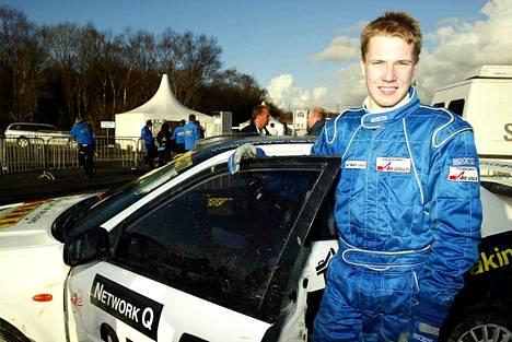 Jari-Matti Latvala 17-vuotiaana Walesin MM-rallissa vuonna 2002.