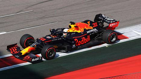 Red Bull on tällä hetkellä toinen Hondan asiakastalleista.