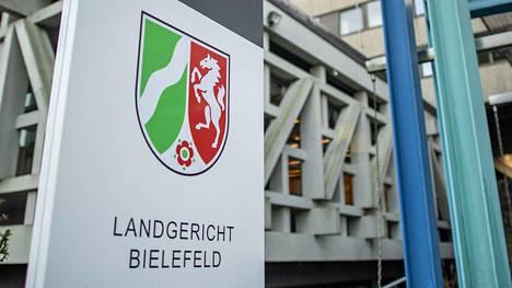 Bielefeldin tuomioistuin tuomitsi myrkytyksestä syytetyn 57-vuotiaan miehen elinkautiseen vankeusrangaistukseen.
