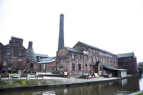 Stoken keramiikkatehtaiden piiput ovat kylmenneet ajat sitten.