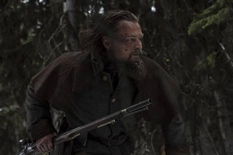 Leonardo DiCaprio näyttelee The Revenant -elokuvassa turkistenmetsästäjää.