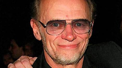 Spede Pasanen menehtyi 71-vuotiaana vuonna 2001.