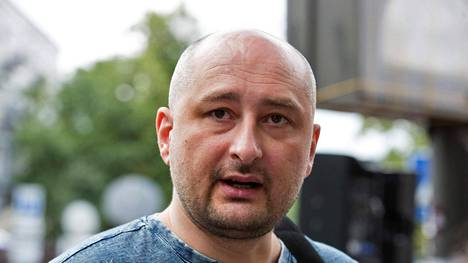 Venäjän kuuluisimpiin toimittajiin kuuluva Arkadi Babtshenko on surmattu Kiovassa.