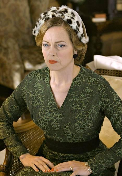 Greta Sacchi Neiti Marple -elokuvassa.