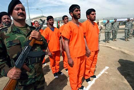 Pol-e-Charkin vankila avattiin maaliskuun lopulla säilytyspaikaksi Guantanamosta tuotaville vangeille.