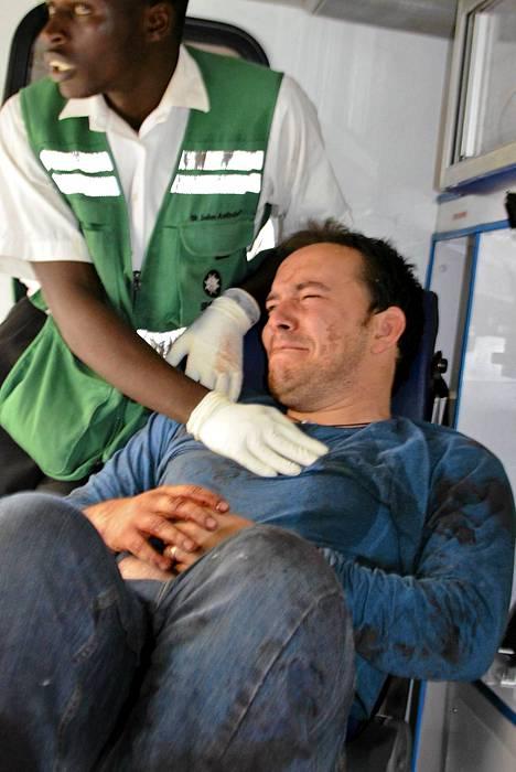 Maanantaina julkistettiin kuva iskussa lauantaina haavoittuneesta ulkomaalaisesta.