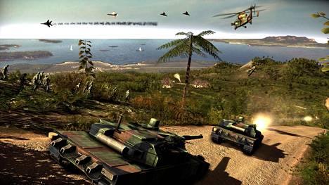 Wargame: Red Dragonissa taistellaan maalla, merellä ja ilmassa.