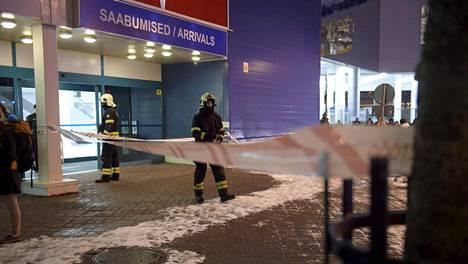 Tallinkin terminaali evakuoitiin Tallinnassa torstai-iltana.