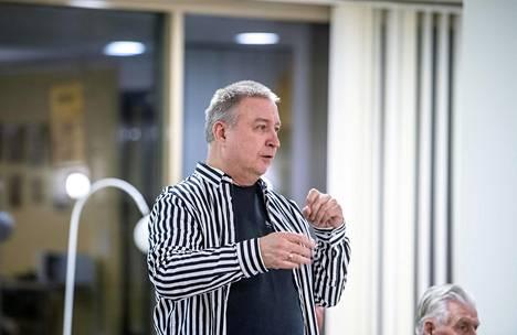 Lasse Solman on laulanut koko ikänsä kuoroissa. Ura alkoi poikakuoro Cantores Minoreksessa.