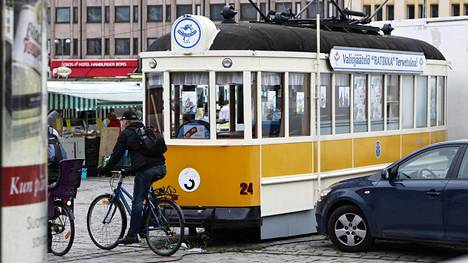 Turussa vanha raitiovaunu on toiminut jäätelökioskina.