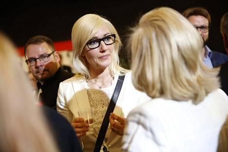 Maria Guzenina SDP:n vaalivalvojaisissa.