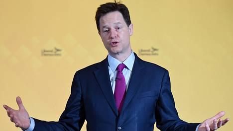 Nick Cleggin suosio on romahtanut.