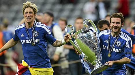 Fernando Torres (vas.) ja Juan Mata valloittivat Chelsean kanssa Mestarien liigan lauantaina.