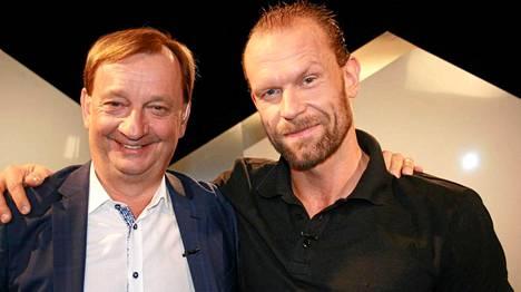 Jere Karalahti on tänä iltana vieraana Hjallis Harkimon keskusteluohjelmassa.