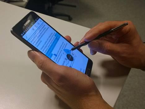 Note-puhelinsarjaa määrittelevä juttu on kynä. Jos sille ei ole käyttöä, kannattaa katsella muita laitteita.