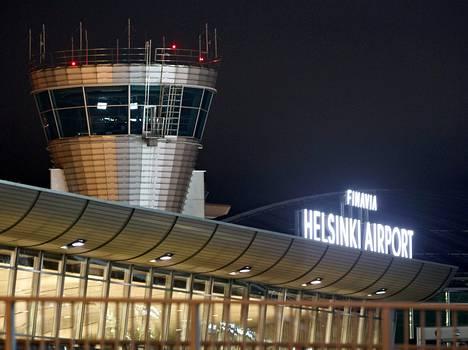 Lennonjohtotorni Helsinki-Vantaan lentokentällä