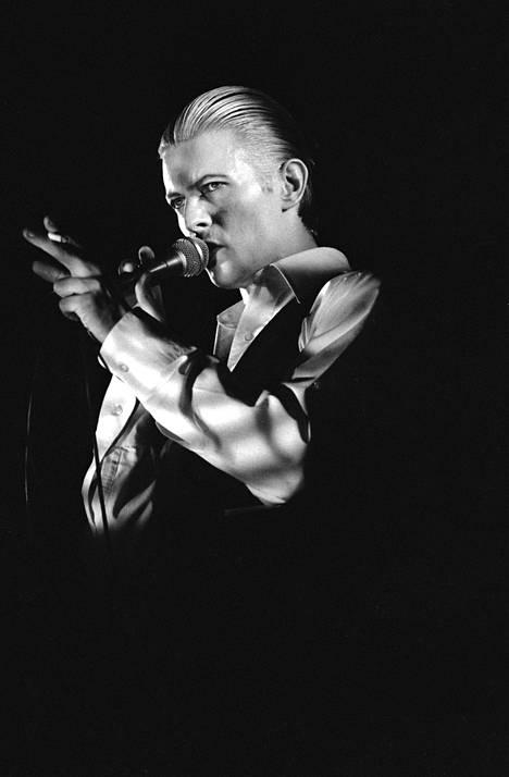David Bowie esiintyi Helsingissä vuonna 1976.