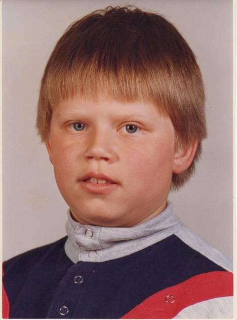 Jari Mentula 1. luokalla vuonna 1983.