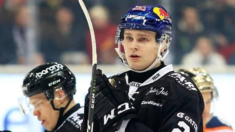 Kaapo Kakko palasi SM-liigajäille, mutta TPS hävisi. (arkistokuva).