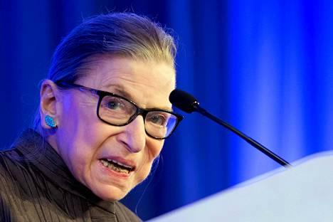 Ruth Bader Ginsburg oli liberaali tuomari, joka ajoi muun muassa naisten asemaa yhteiskunnassa.