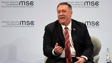 USA:n ulkoministeri Mike Pompeo puhuu paneelikeskustelussa Münchenissä 15. helmikuuta 2020.