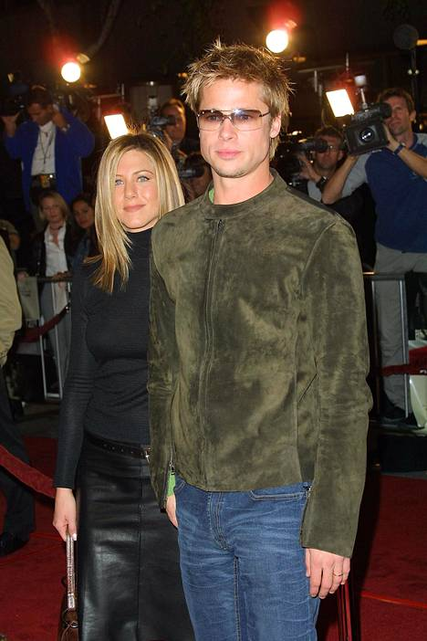 Vuonna 2001 Spy Game -elokuvan ensi-illassa.