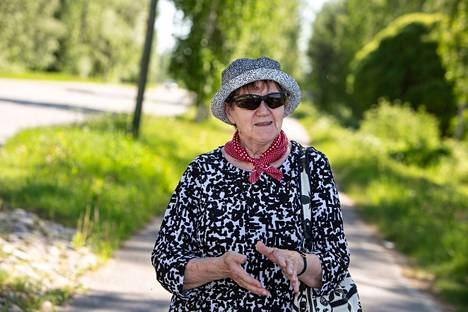 Ritva Hakala toivoo kuntapäättäjiltä enemmän ja parempaa tiedonvälitystä.