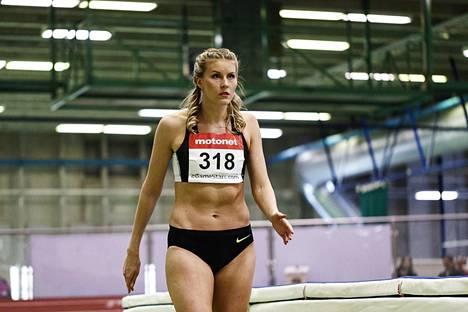 Kristiina Mäkelä kuvattuna SM-hallikilpailuissa Helsingissä 18. helmikuuta