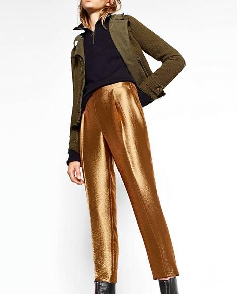 1. Kultaiset housut eivät näytä pöllömmältä arkiasussakaan. Zara 39,95 €.