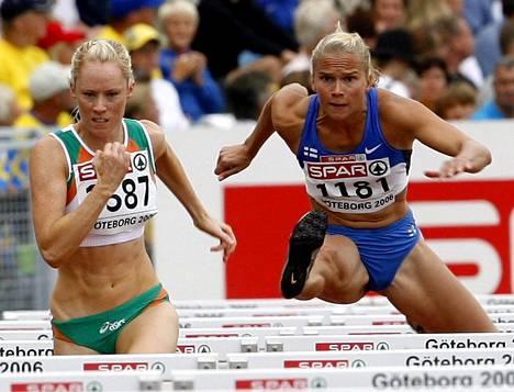 Johanna Halkoaho kilpaili 100 metrin aitajuoksussa Göteborgin EM-kisoissa 2006.