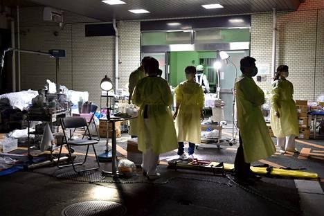 Kumamotossa sijaitsevan sairaalan evakuoimista harkitaan.