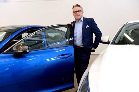 Rinta-Joupin autoliikkeen asiakkuuspäällikkö Kiiskisen mukaan yksityisleasingin pääasiakaskuntaa ovat nuoret aikuiset, jotka eivät halua sitoa itseään muuhun kuin ennalta määriteltyyn kuukausierään.