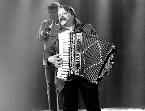 Pedro ja haitari vuonna 1991 MTV:n Suomi soi -ohjelmassa.