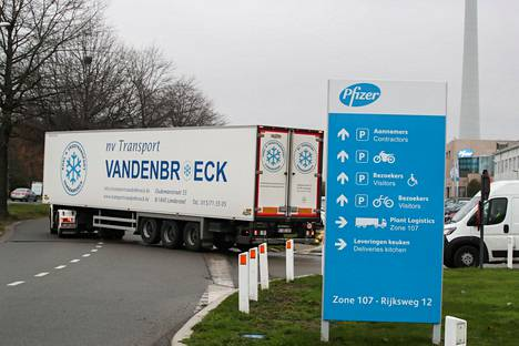 Ensimmäiset erät Pfizerin ja BioNTechin rokotteita lähtivät kohti Britanniaa Belgian Puursissa sijaitsevalta tehtaalta joulukuun alussa.