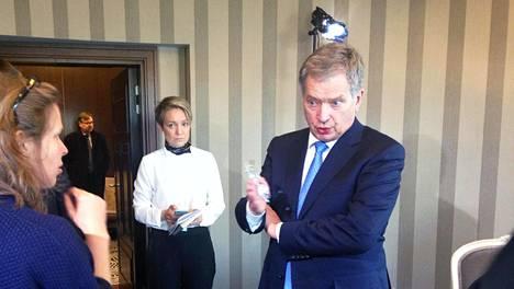 Sauli Niinistö piti keskiviikkona tiedotustilaisuuden Moskovassa.