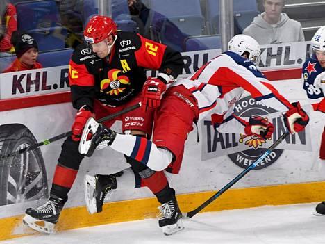 Marko Anttila teki KHL-kauden ensimmäisen osumansa tiistaina.