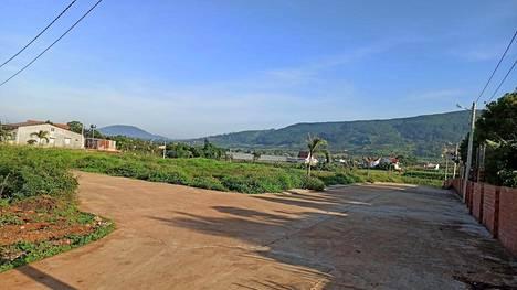 Etelä-Vietnamin maaseudulla on trooppinen ilmasto. Öisin lämpötila harvoin laskee alle 27 asteen.