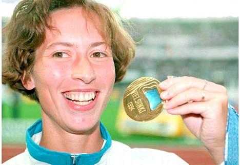 Sari Essayah voitti kävelyn kultaa Helsingin EM-kisoissa vuonna 1994.