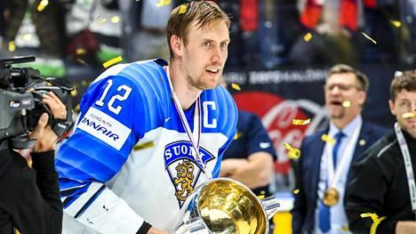 Suomi voitti jääkiekon MM-kultaa vuonna 2019. Sveitsin MM-kisat peruutettiin vuonna 2020 koronapandemian vuoksi.