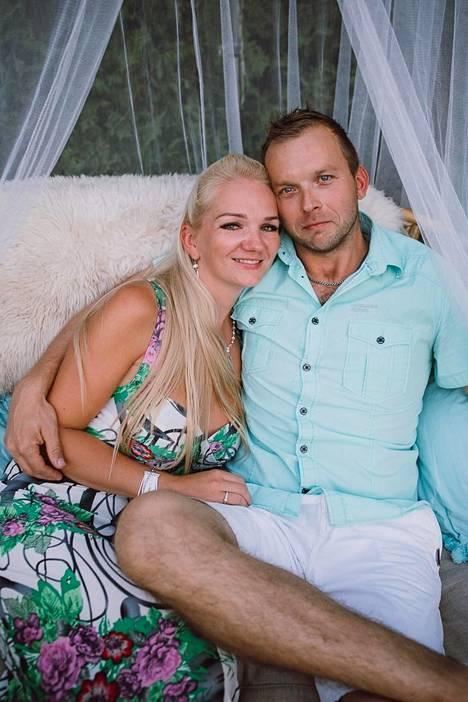 Oliver ja Kadri ovat olleet naimissa kaksi vuotta.