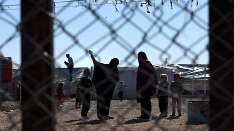Jotkut Al-holin vangeista ovat onnistuneet pakenemaan leiriltä.