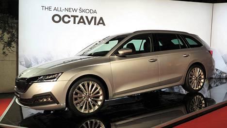 Uusi Octavia esiteltiin suurieleisesti Prahassa maanantai-iltana. Tässä farmariversio.