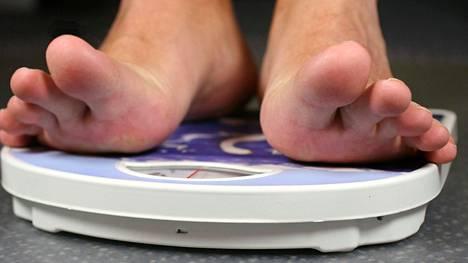 Vyötärölihavuus on yksi metabolisen oireyhtymän merkki ja syy.